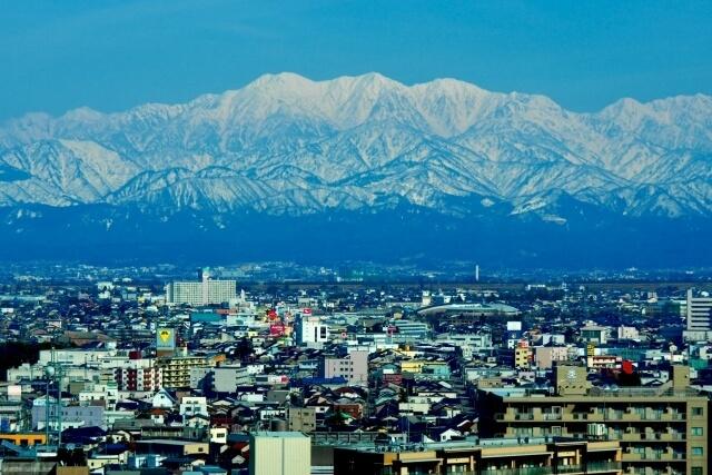 富山県にある人気のカジノバー!お酒を飲みながら楽しめる♪