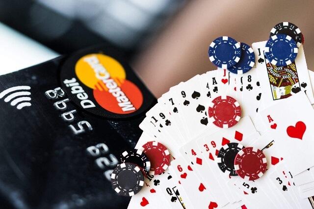 出金にMasterCard(マスターカード)は使える?