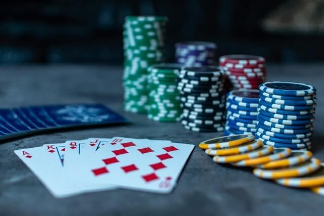 ポーカーの特徴まとめ